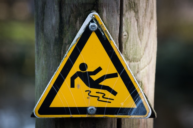 Why a Fall Injury Lawyer is Critical in an Oregon Premises Liability Case
